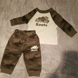 Roots outfit size 6-12 months